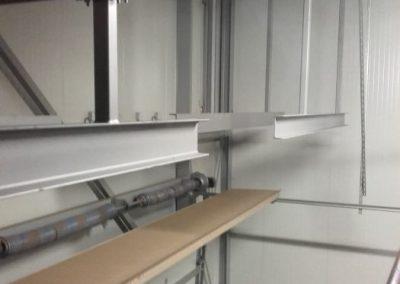 daksteunen-voor-condensor-in-bewaarschuur-plaatsen-3