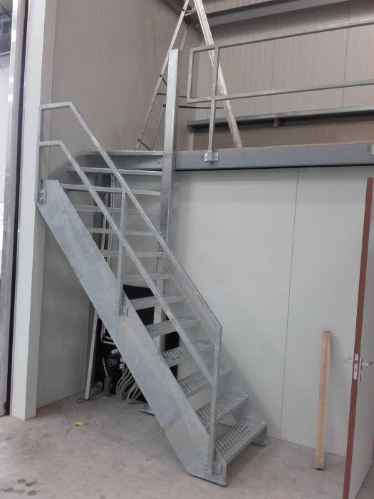 Trapwerk archieven feld totaal bouw for Plaatsen trap